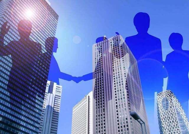 大企業とビジネスマン