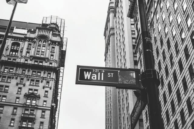 Wall街